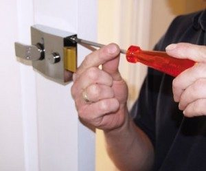 lock change brighton